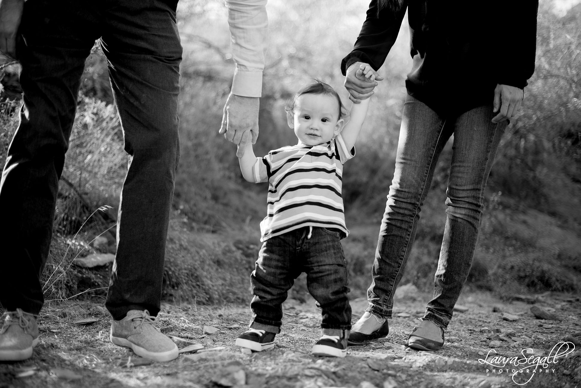 black and white family photographer