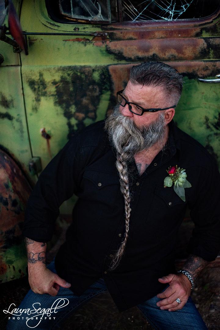 groom beard