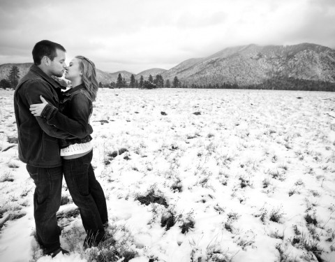 engagement pictures Flagstaff Buffalo Park in winter