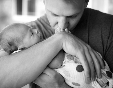 Scottsdale newborn photographer baby and father