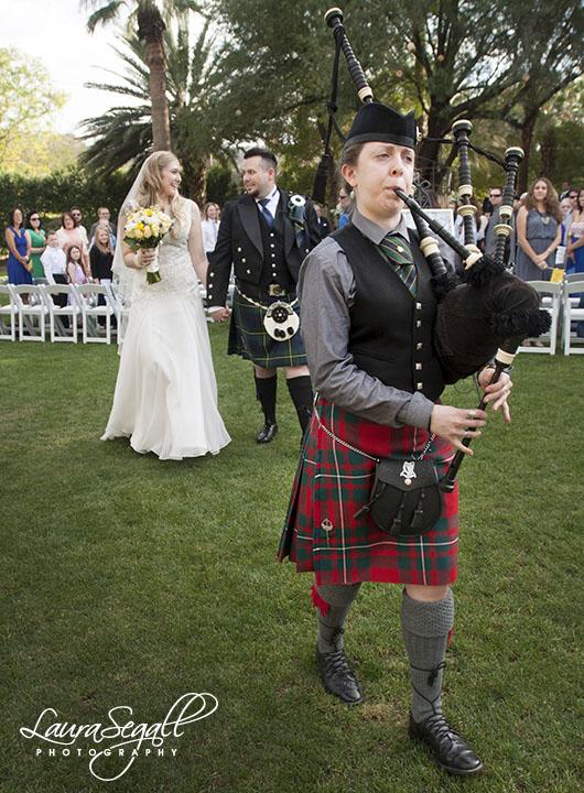 Secret Garden wedding bag pipper
